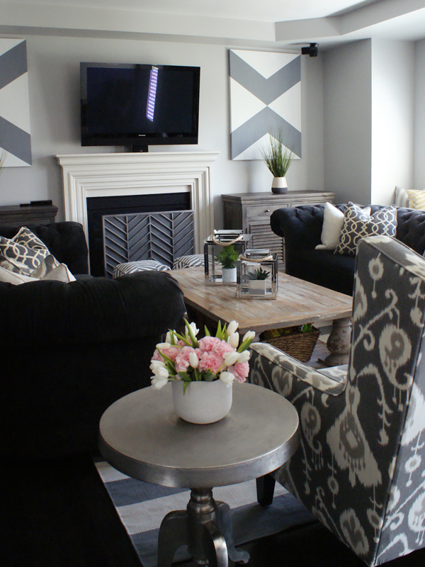 The Minted Mama Living Room Tour