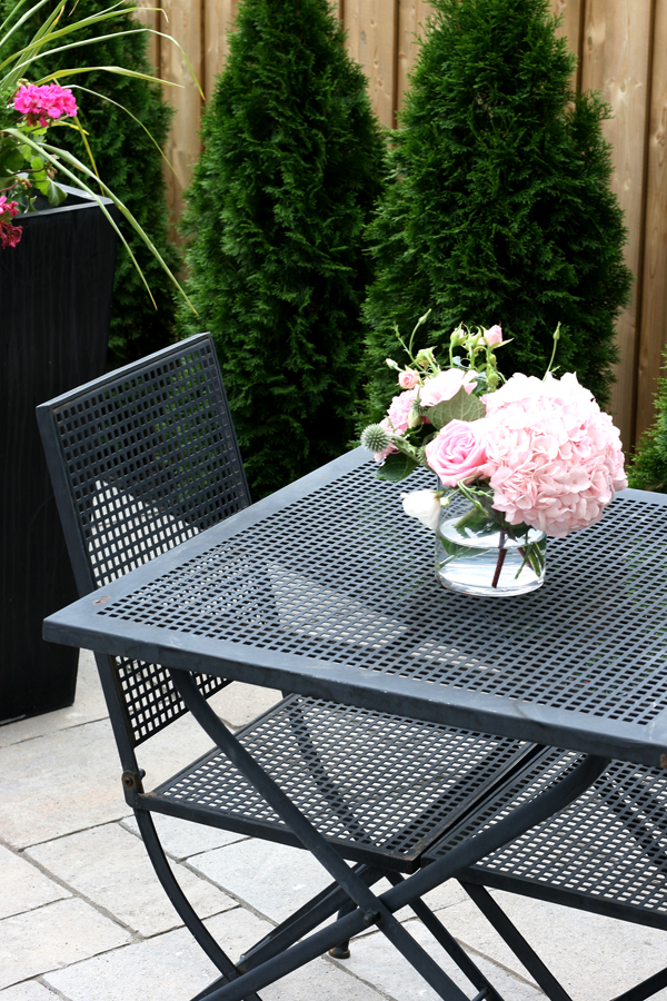 Fun Amp Fresh Patio Reveal The Minted Mama
